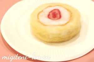 tedukuri-rollcake-youmou-felt-ichigo