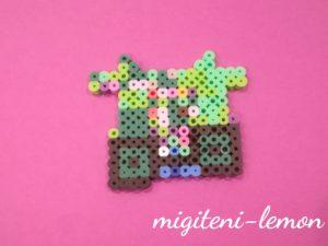 musume-sakuhin-4sai-iron-beads-midori-tatemono